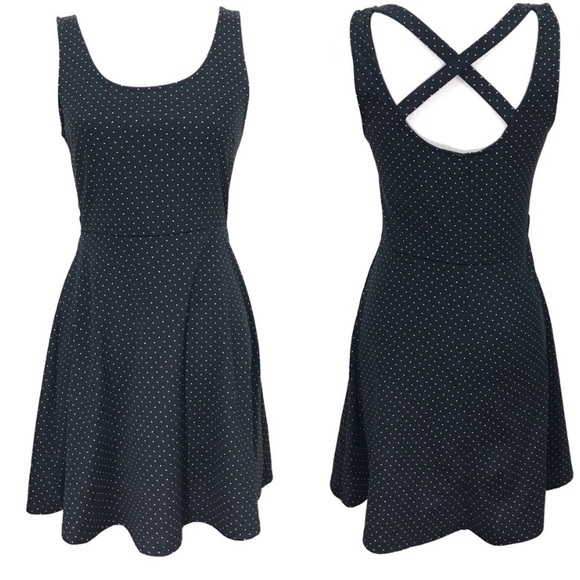 H&M Dresses & Skirts - H&M Polka Dot Print Fit & Flare Dress Medium Black